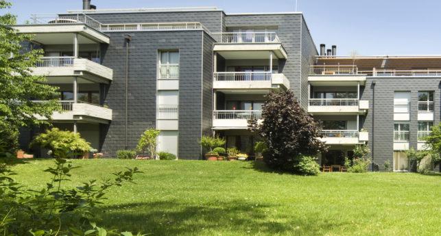 Aussenansicht Wohnung Holzbirrliweg in Kilchberg von Ziegler Immobilien AG